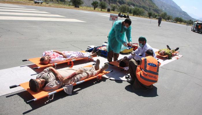 چترال ایئرپورٹ پر فرضی طیارہ حادثے اور ہنگامی امداد کی مشق