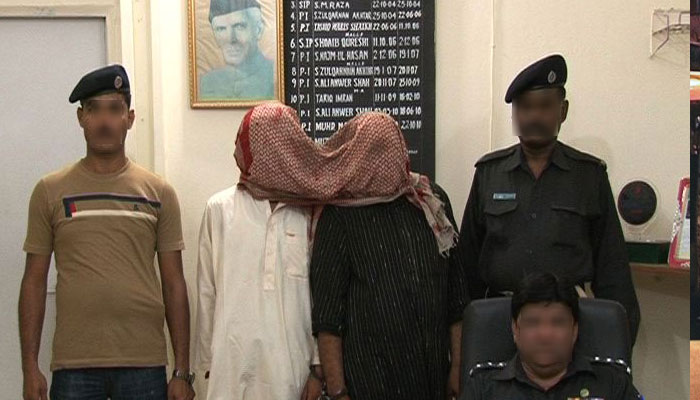 کراچی: اورنگی میں گٹکا فیکٹری پر چھاپہ، 2 ملزمان گرفتار