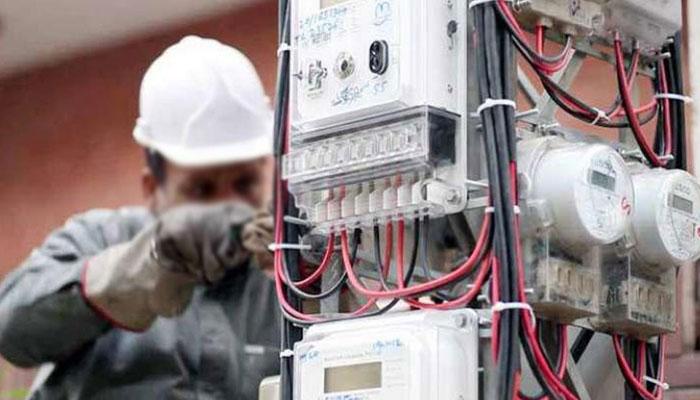 لاہور: سنگل اور تھری فیز میٹروں کی قلت