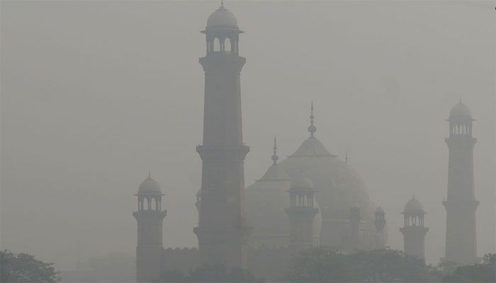 لاہور: ایئر کوالٹی انڈیکس 179 پر پہنچ گیا