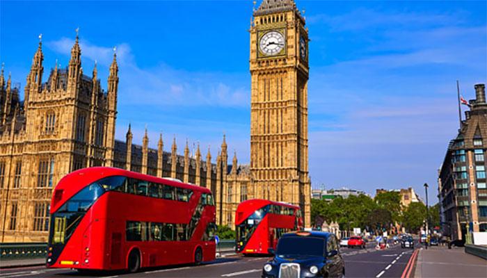 برطانوی حکومت کے پیٹرول اور دیگر اشیا کی بلاتعطل فراہمی کیلئے اقدامات