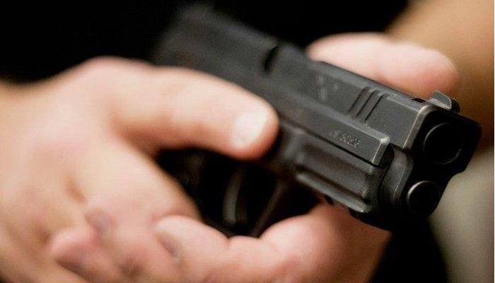 کراچی: ناردرن بائی پاس افغان بستی کے قریب کار پر فائرنگ