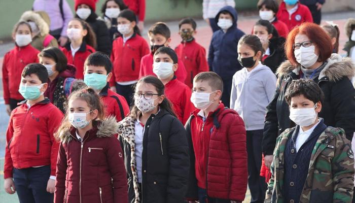 ترکی میں کورونا کیسز میں اضافے کے باوجود اسکول بند نہ کرنے کا فیصلہ