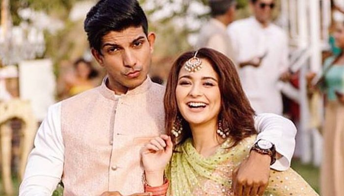 ہانیہ عامر اور محسن عباس حیدر کا 'ریپ سانگ' وائرل
