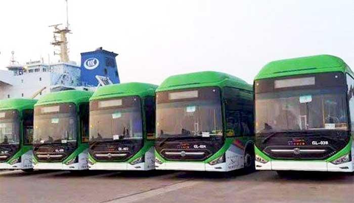 کراچی: گرین لائن بسوں سے لدے جہاز کو برتھ نہ مل سکی، شپنگ ذرائع